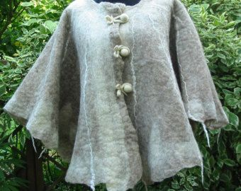Cape de feutre, feutre châle, Cape Wrap européenne, Cape femme, grand châle,  Cape de feutre blanc laine, envelopper le FeltCape, le Cap AU laine feutre,  ... d89683560c0