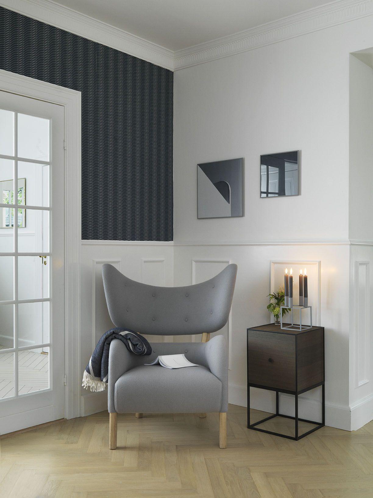 Flemming Lassens skulpturelle lænestol 'My Own Chair' er længe blevet beundret med stor respekt af designelskere verden over. Lænestolen blev designet i 1938 af Flemming Lassen, som ønskede at lave den perfekte lænestol. Stolen blev præsenteret på Snedkermesterlaugets udstilling samme år, men dengang var stolens to-delte form for speciel, selv til datidens modernister. Derfor er der kun lavet én eneste stol, og denne stod i Flemming Lassens private hjem hele hans liv.