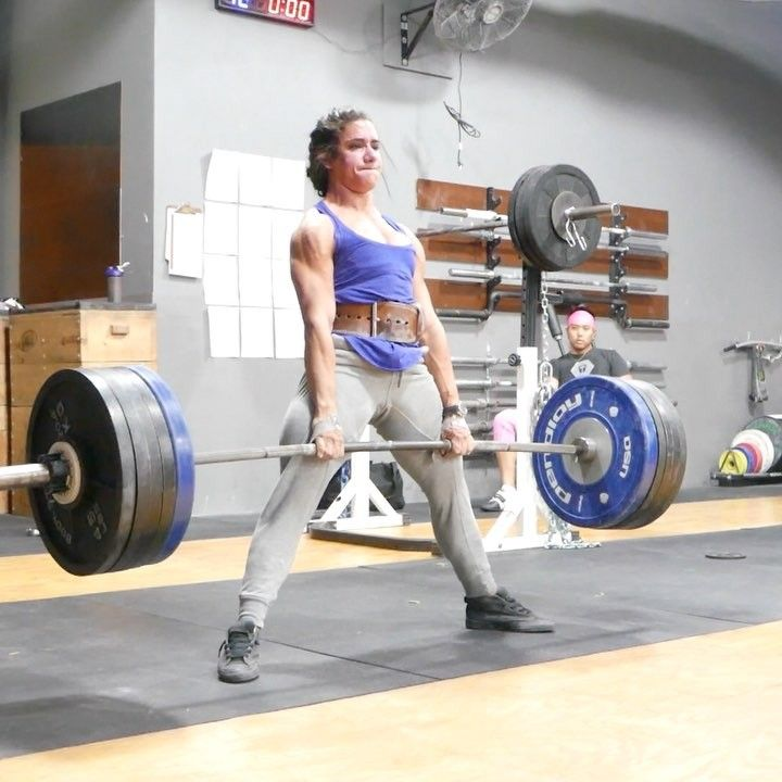 Powerlifter Stefi Cohen Deadlifts 503 lbs for 4 Reps at 120