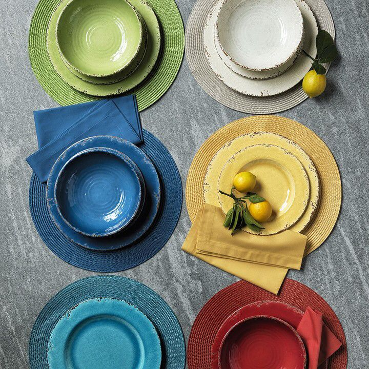 Rustic melamine salad plates, set of 4 The plates capture the beauty ...
