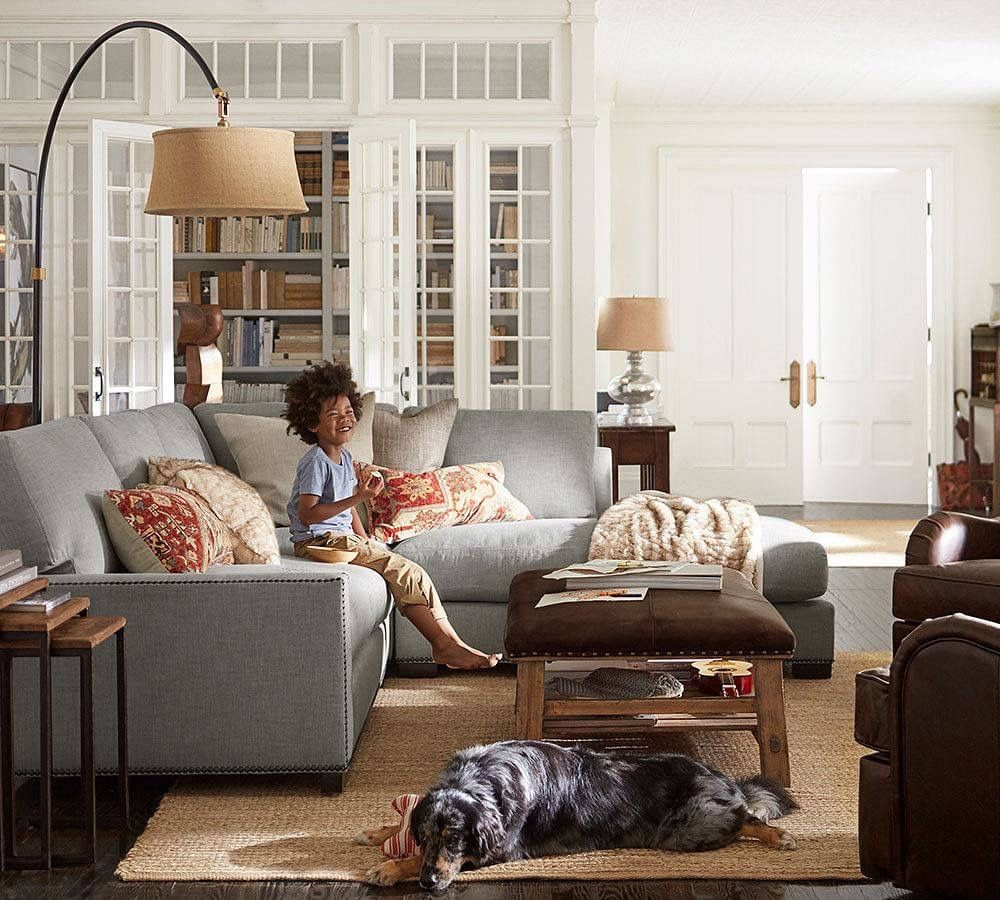 Pottery Barn Living Room With Carpet And Decorative Plant: Pin By Brenda Cass On Favorite Places & Spaces (With