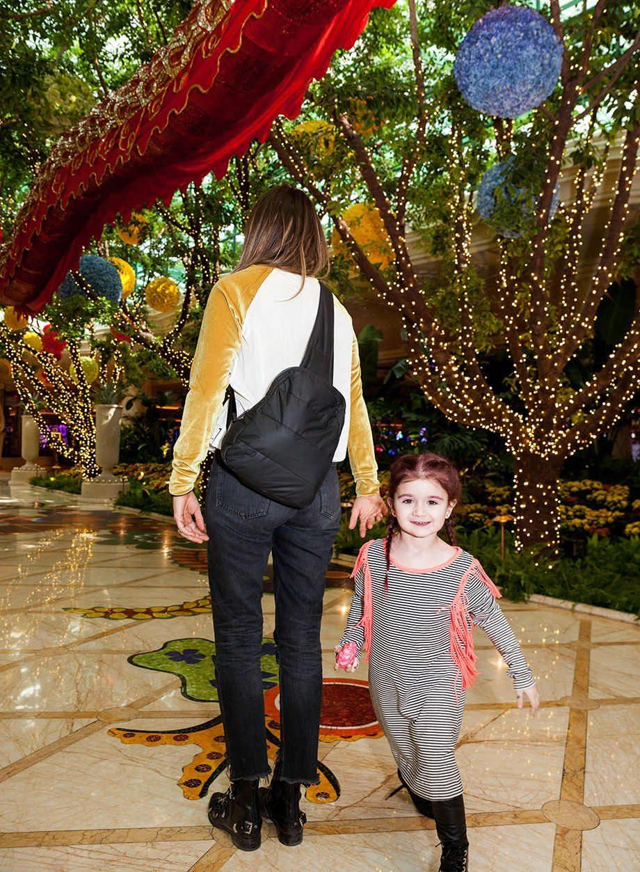 Vegas Vacation Daughter: The Ultimate Kid-Friendly Las Vegas Travel Guide