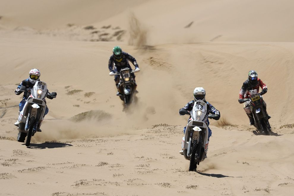 Great shots from the Dakar Rally 2012