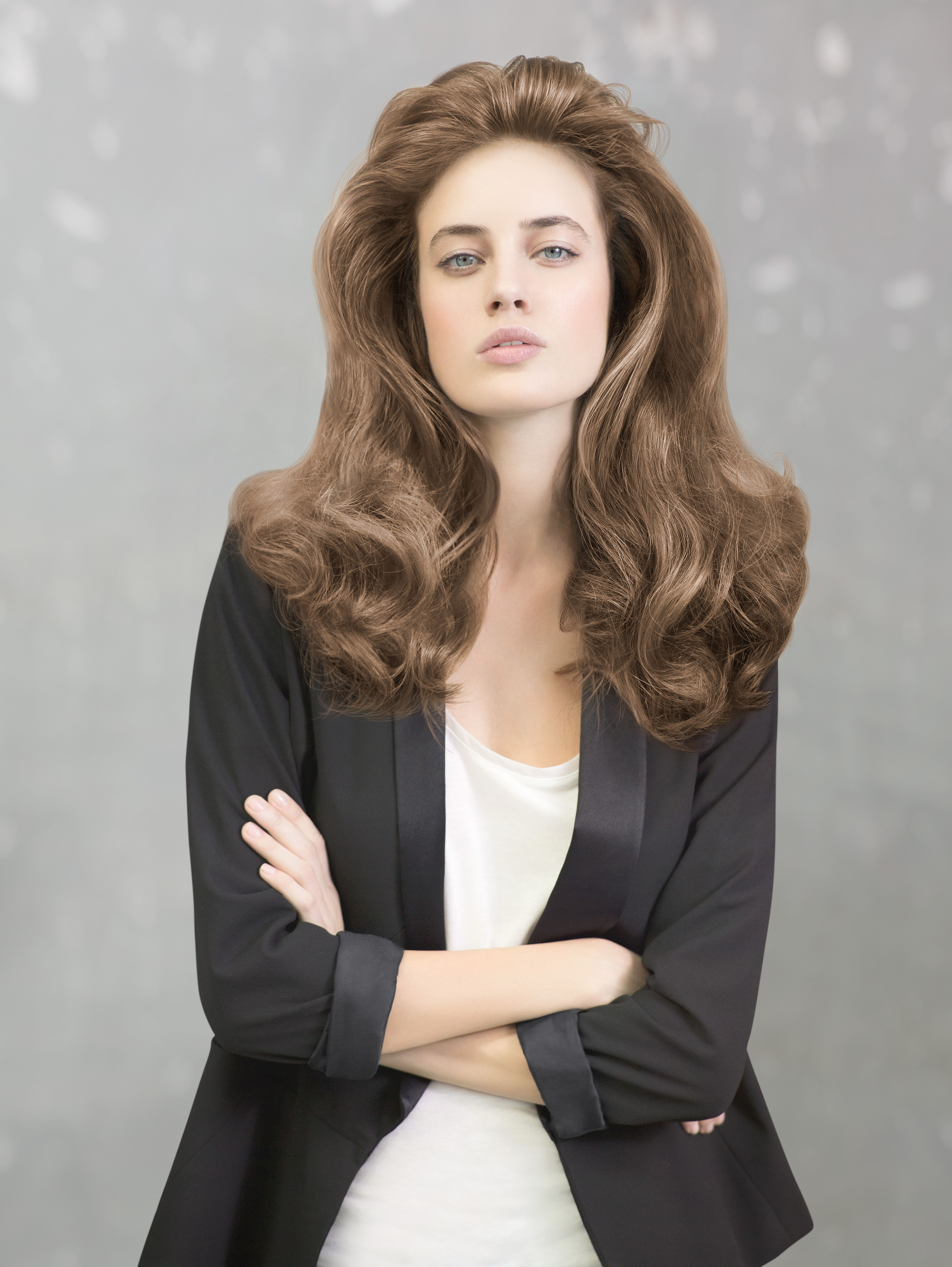 Semi Di Lino Volume is the newest addition to our new Semi Di Lino range and is comprised of three new products designed to tackle thin & flat hair. Learn more: http://usa.alfaparf.com/section/products-and-services/care/semi-di-lino/semi-di-lino-volume