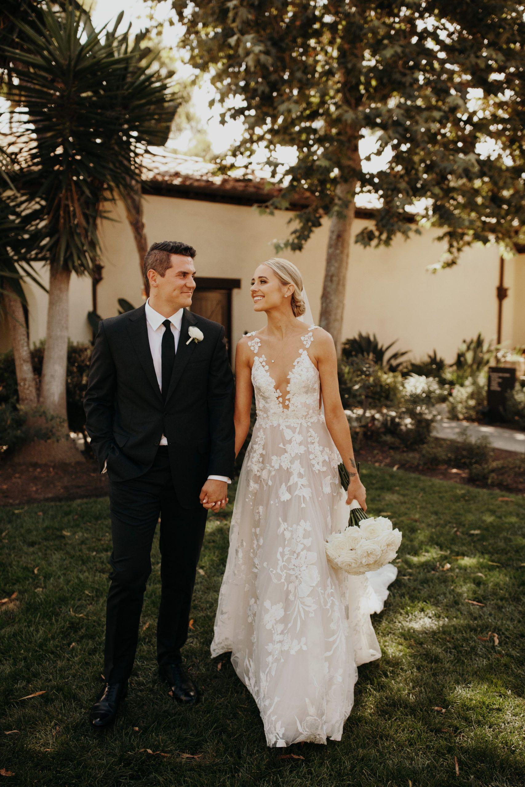Outdoor Wedding California Wedding Southern California Wedding Wedding Dress Summer Wedding Wedding Rehearsal Outfit Summer Wedding Dress Blonde Bride [ 2560 x 1707 Pixel ]