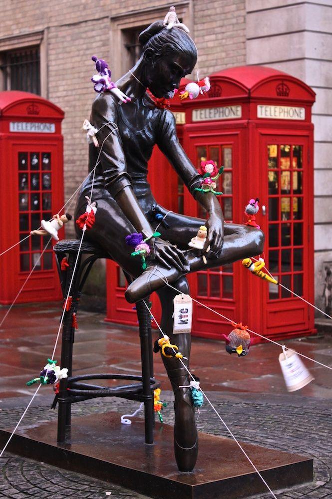 Resultado de imagem para Lauren O'Farrell  Knit the City