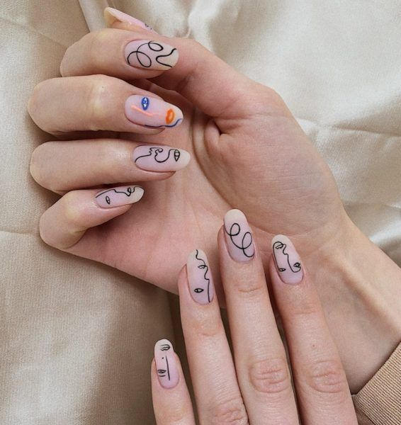 Photo of These abstract nails take over social networks
