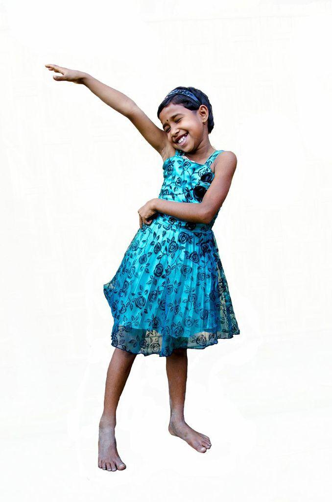 Dit is Rumpa uit Bangladesh. Voor haar en vele anderen voeren we campagne. Doe mee en win een week voor je kind op http://www.deweekvanhetkind.nl !
