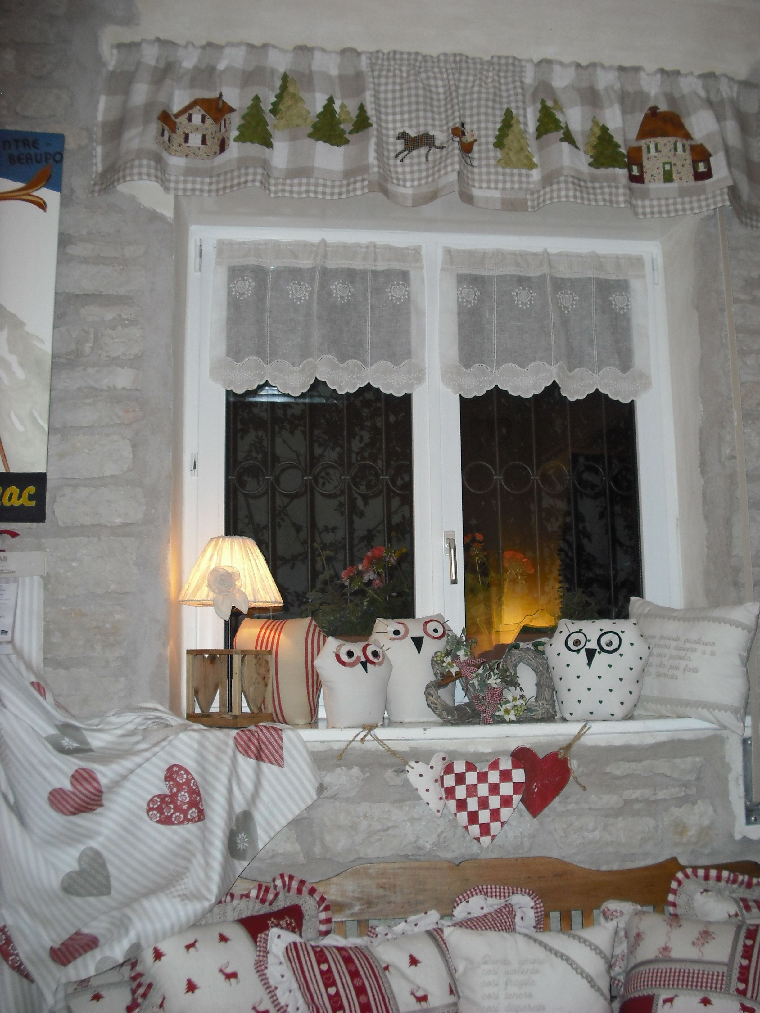 Tende e cuscini decorazioni country curtains curtains e home decor - Tende shabby chic cucina ...