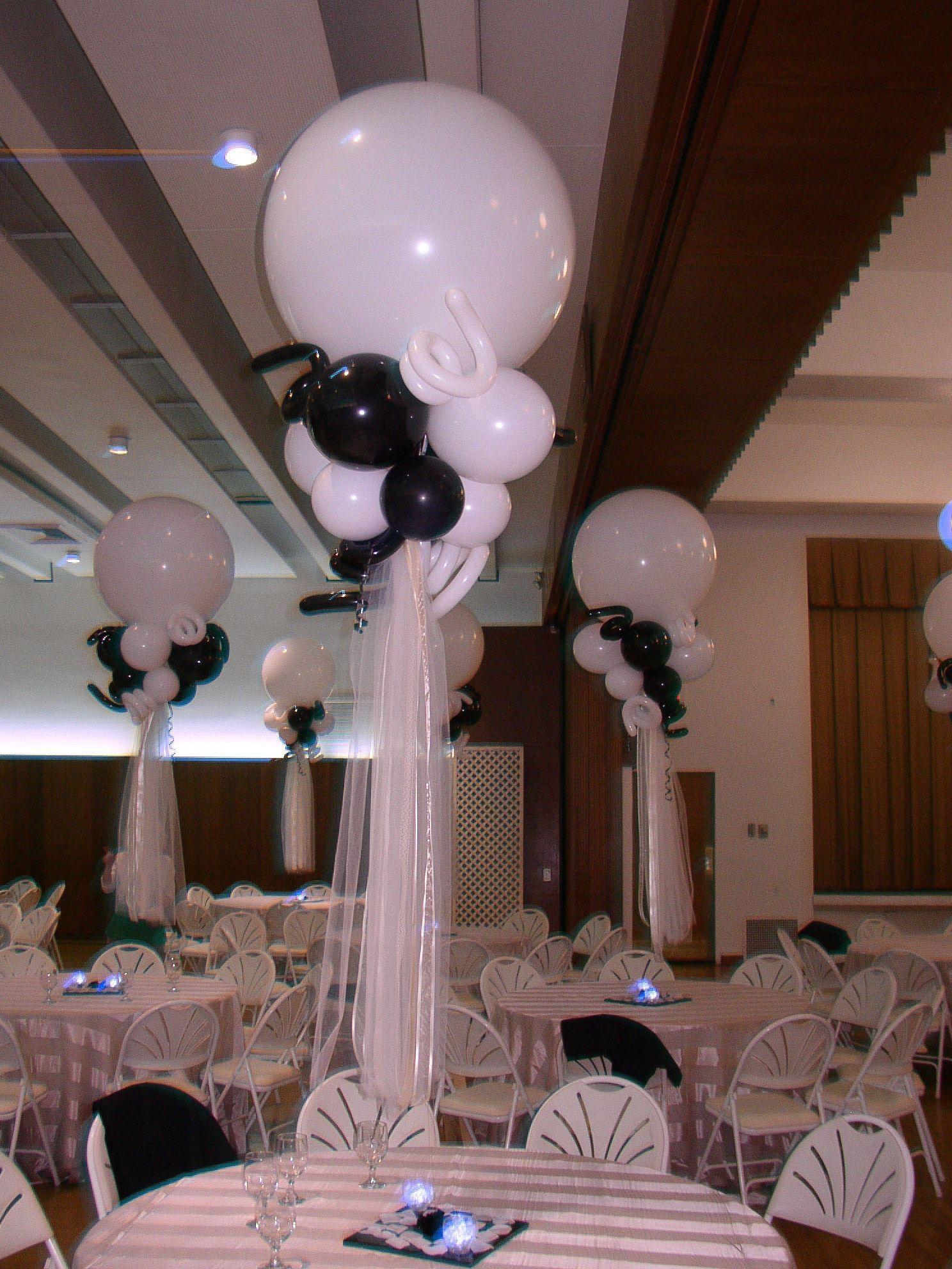 Black White Wedding Balloon Centerpieces With Led Votives Wedding Balloons Wedding Balloon Decorations Balloon Centerpieces