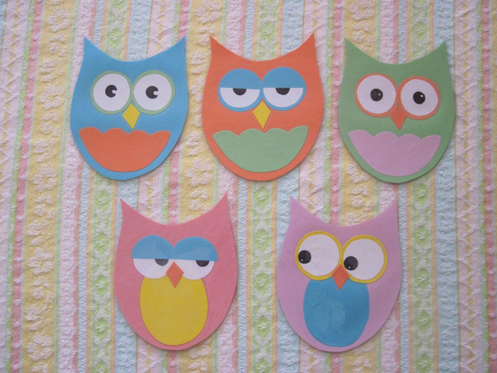 Hoot Owl Pattern With Songs And Books Felt