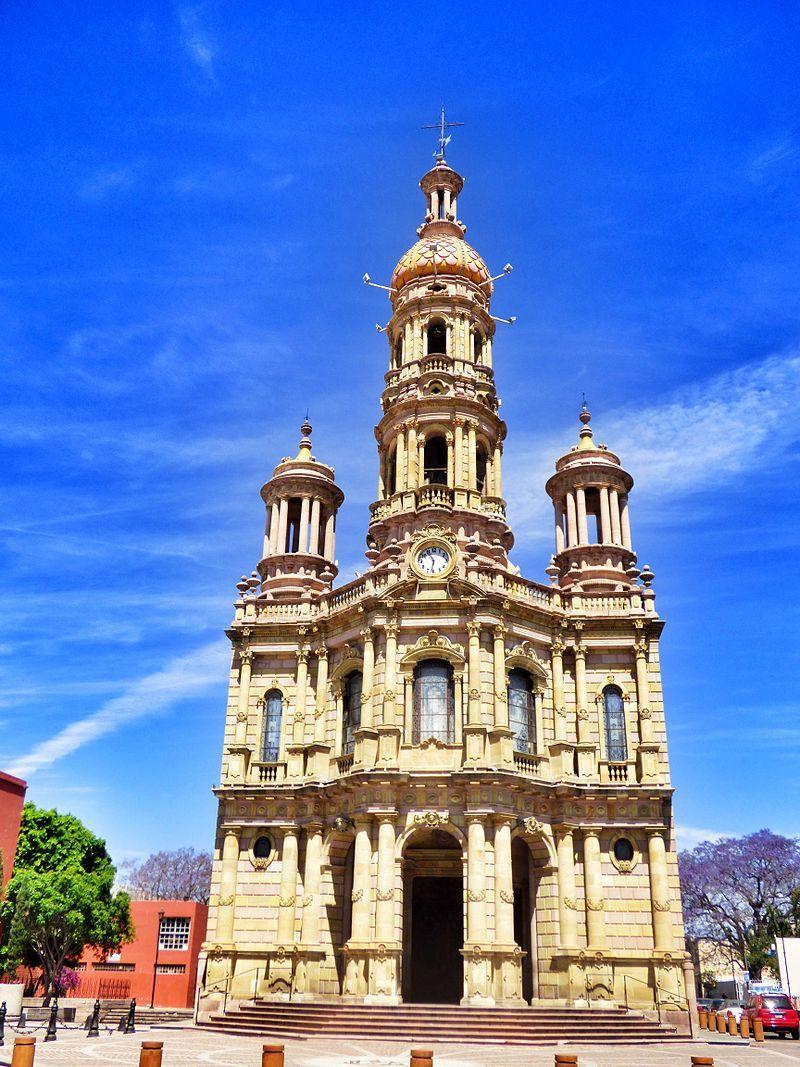 Vista de la fachada del Templo de San Antonio (Aguascalientes) 1.jpg