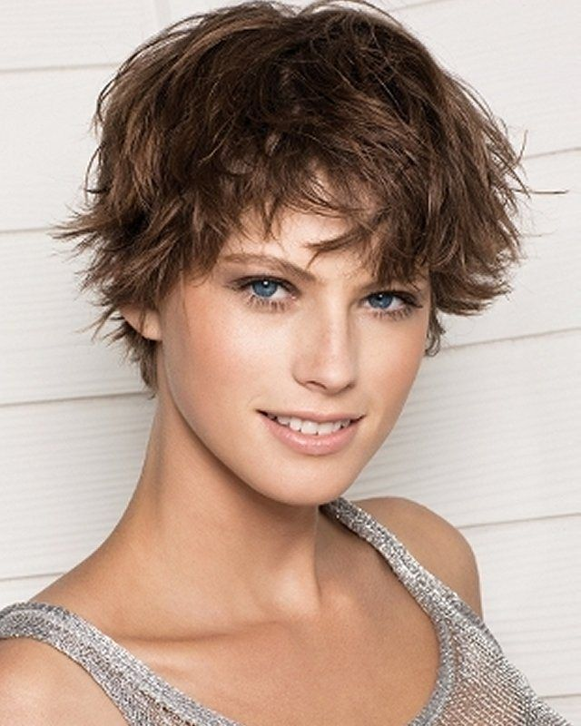 Beautiful Short Haircuts For Women With Round Faces