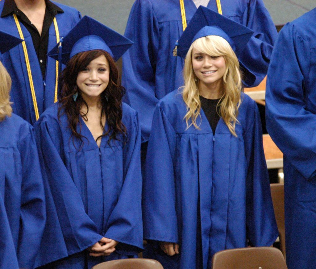 Cap And Gown Hairstyles for your Reference | Graduation Prep ...
