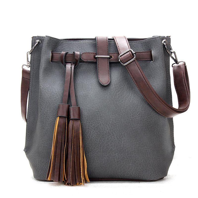 Handbags Type: Shoulder BagsTypes of bags: Shoulder & Crossbody BagsStyle: VintageGender: WomenPattern Type: SolidClosure Type: ZipperInterior: Cell Phone P