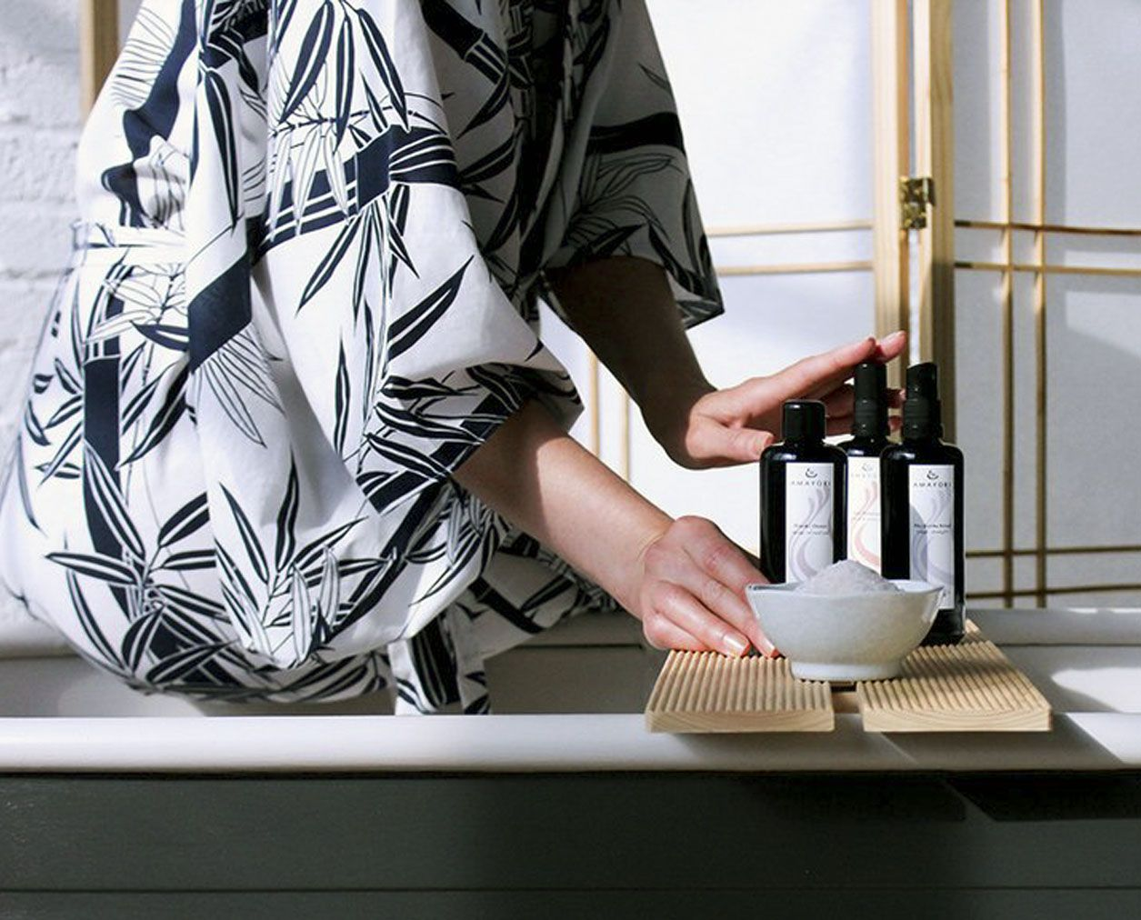Buchstabe l küchendesign the japanese bath ritual you can enjoy in your own tub