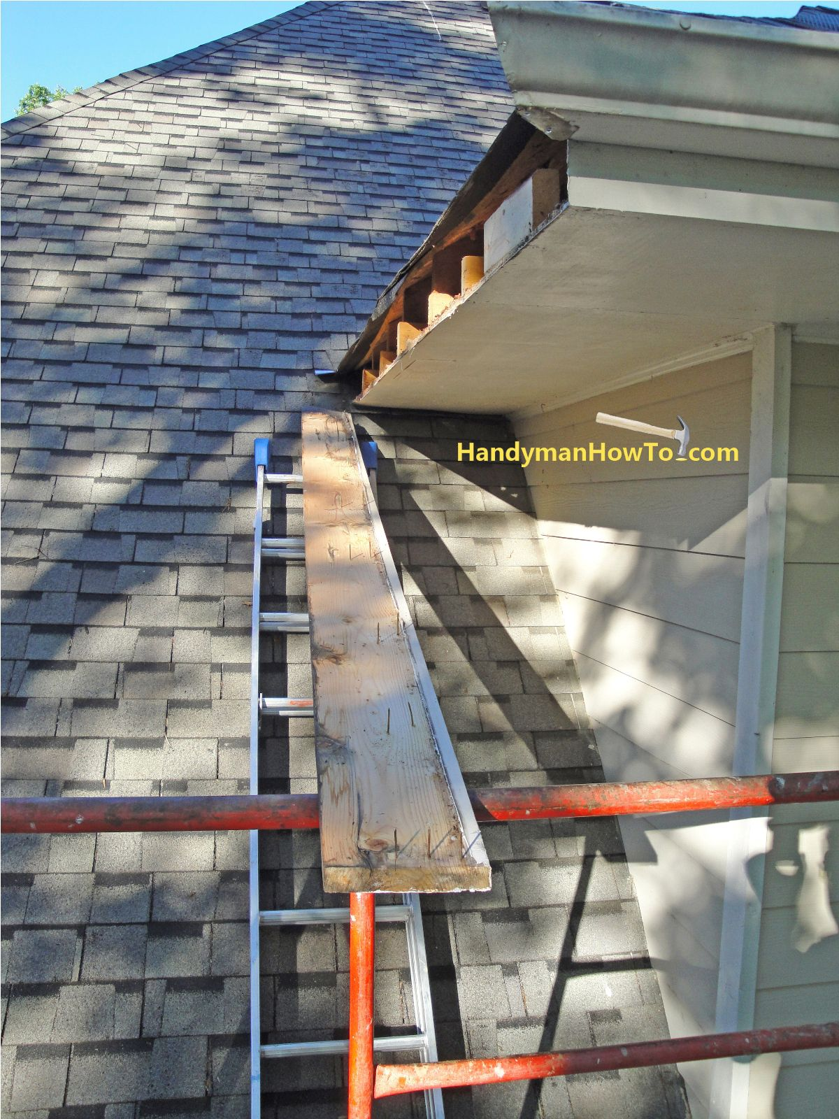 How To Repair Rotted Soffit And Fascia Photo Tutorial Install A New Plywood Soffit And Pvc Fascia Board Diy Home Repair Fascia Home Repair