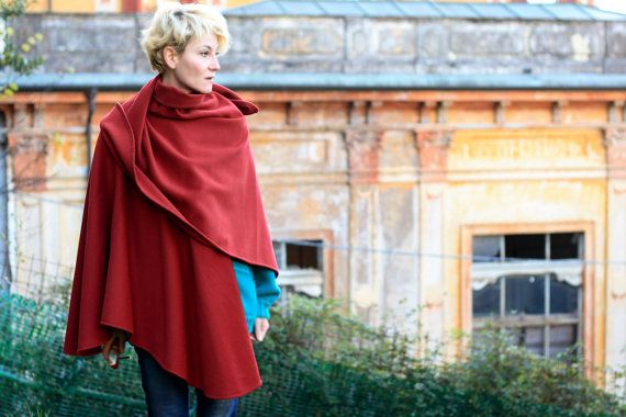 Italian vintage wool cape in dark red color by passageeevette