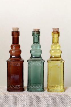 Antique Bottles Price List Lovetoknow Antique Bottles Antique Glass Bottles Vintage Bottles