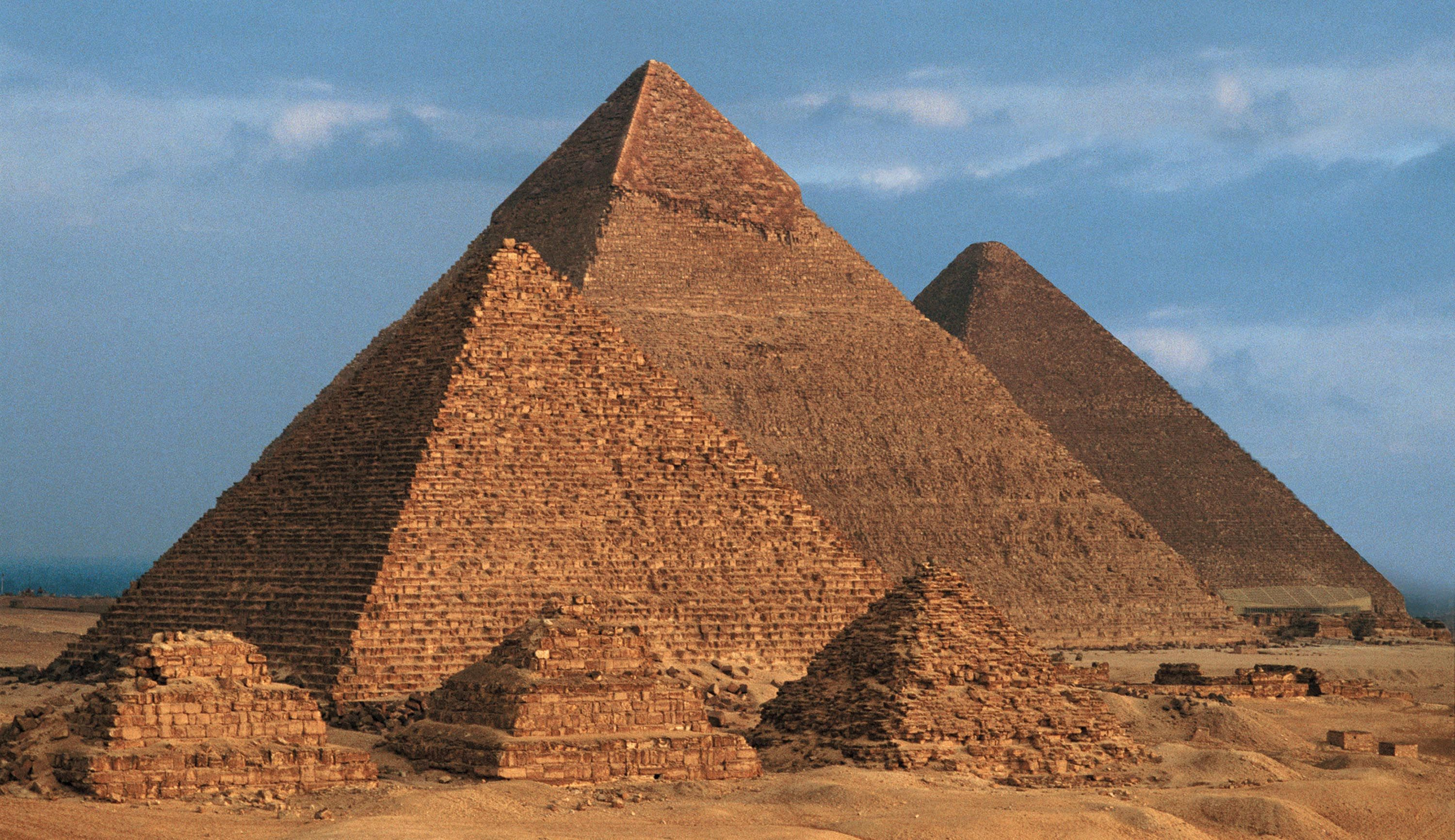 Egyptian pyramid construction techniques