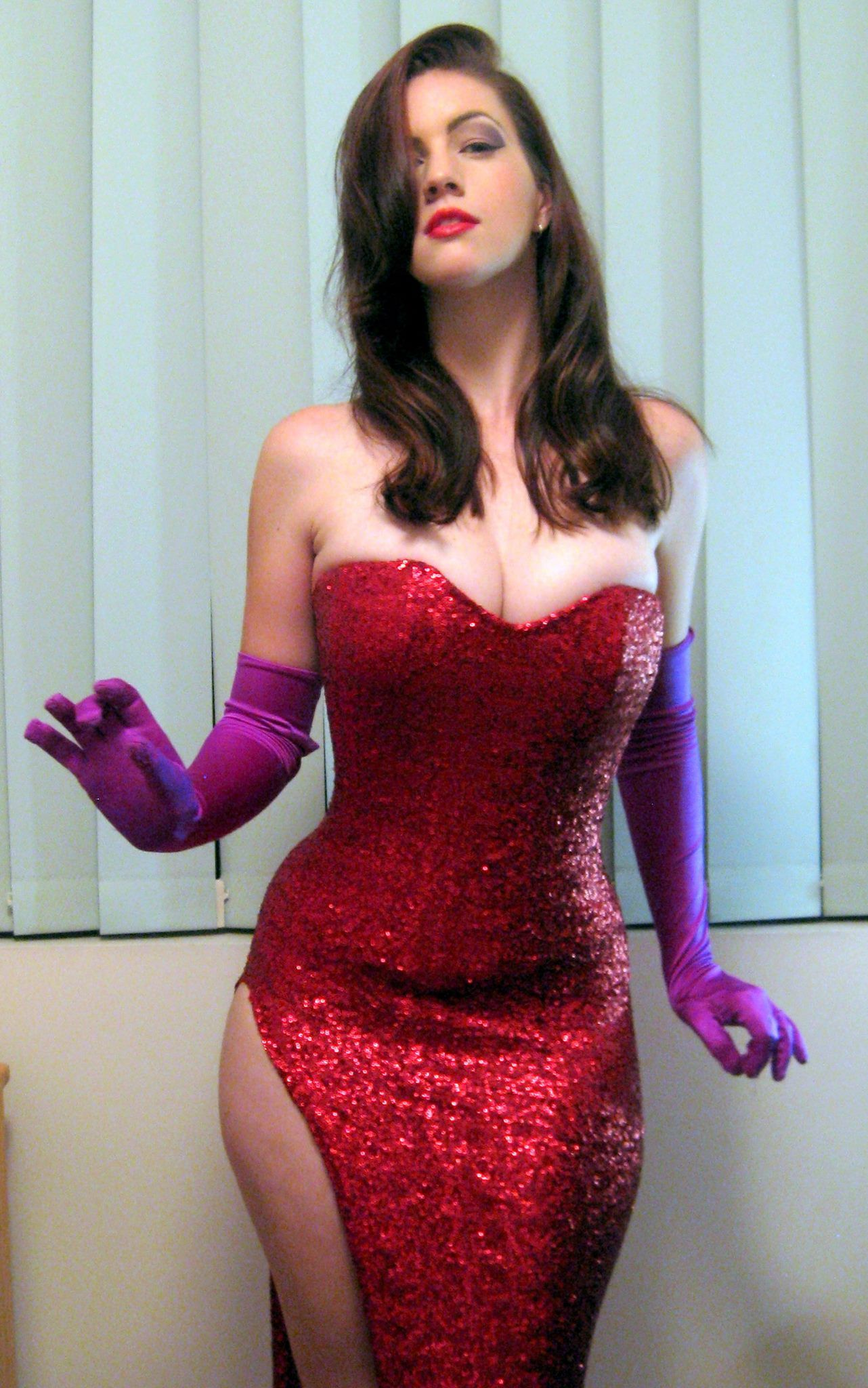 Character: Jessica Rabbit / From: Who Framed Roger Rabbit / Cosplay ...
