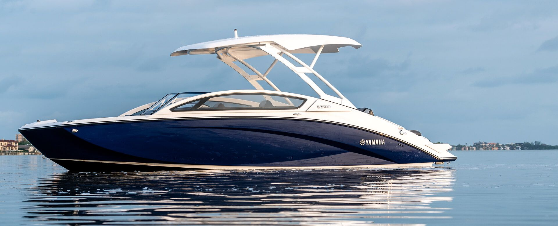 2019 Yamaha 27 Foot Jet Propulsion Boat Model 275sd Powered By Twin 1 8 Liter Super Vortex High Output Engines Seating Ca Jet Boats Yamaha Boats Model Boats