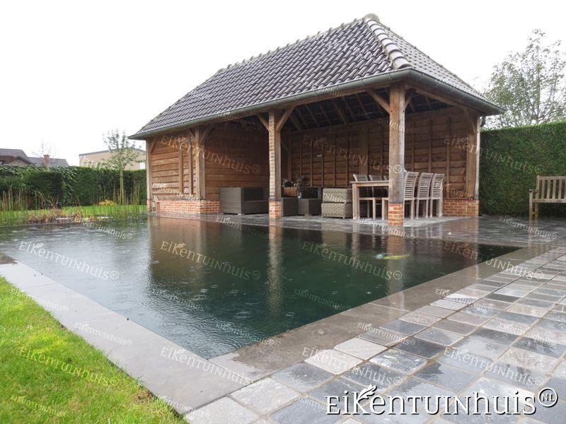 Luxe tuinhuis met zwemvijver strak ontspannend tuin for Vijver afwerking hout