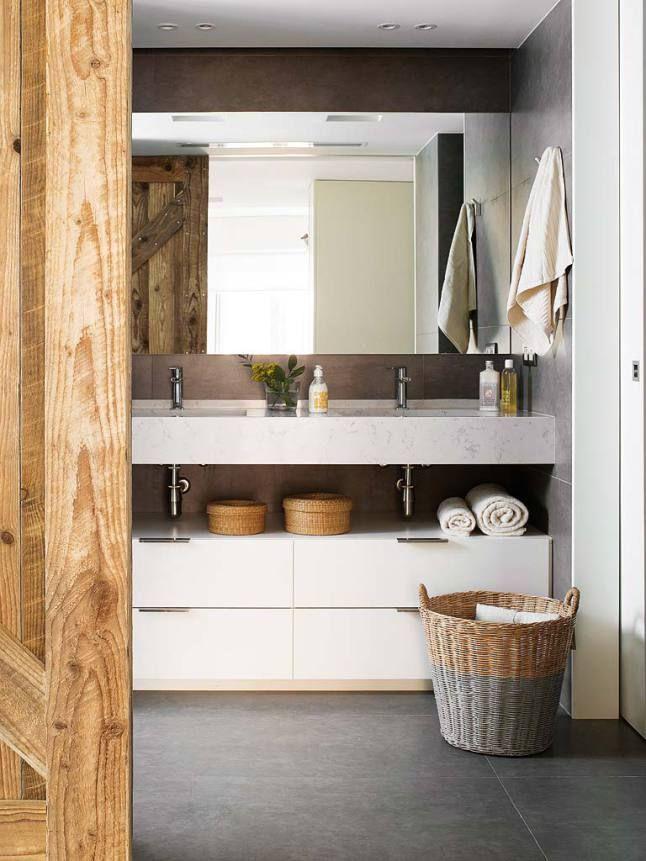 Un Interieur Espagnol Plein De Style Bathroom Interior Contemporary Bathrooms Bathroom Design