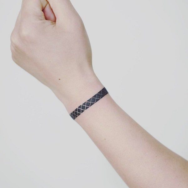 50 Eye Catching Wrist Tattoo Ideas Cuded Wrist Band Tattoo Wrist Tattoos For Guys Simple Wrist Tattoos
