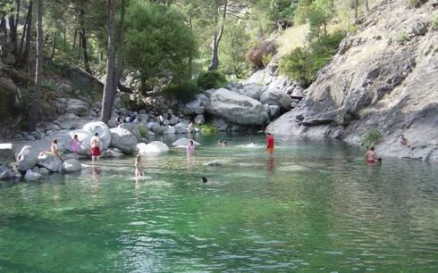Charco verde c mping pinterest sierra spain y turismo for Piscinas naturales los pilones