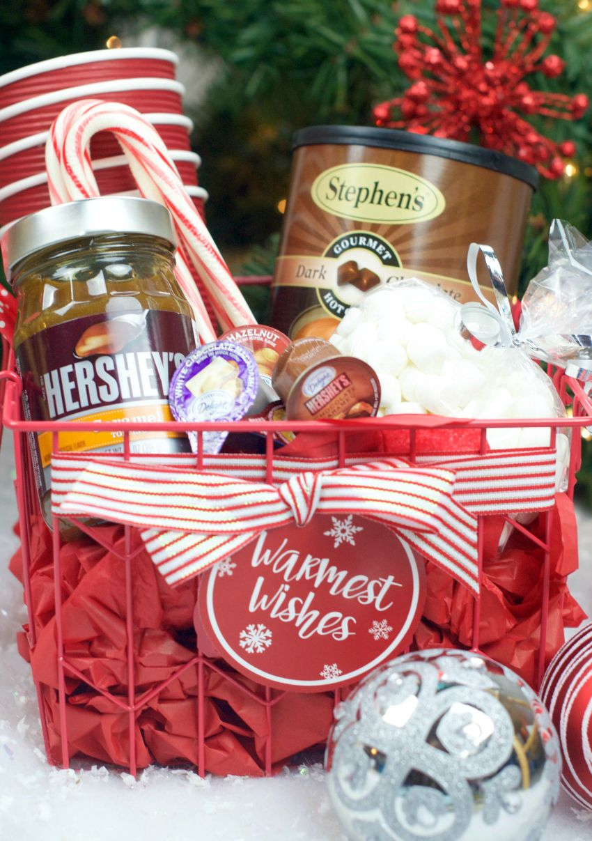 Hot Chocolate Gift Basket for Christmas | DIY Gift Ideas | Pinterest ...