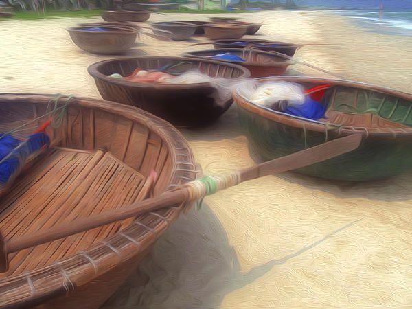 Round fishing boat