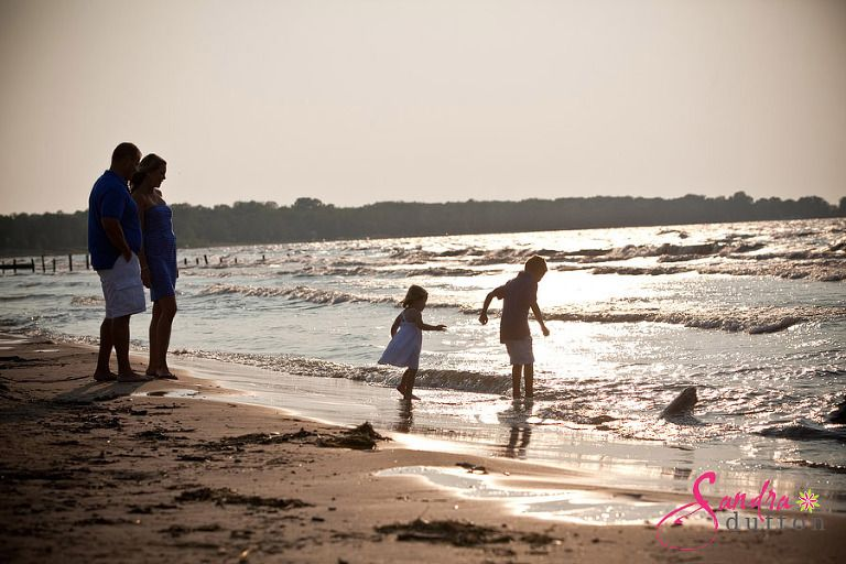 Lake huron creative family beach photographers 788