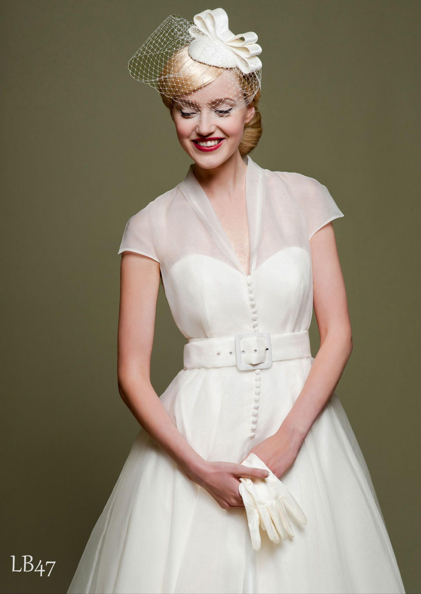 Vintage wedding dresses vintage inspired bridal gowns for Dress hats for weddings
