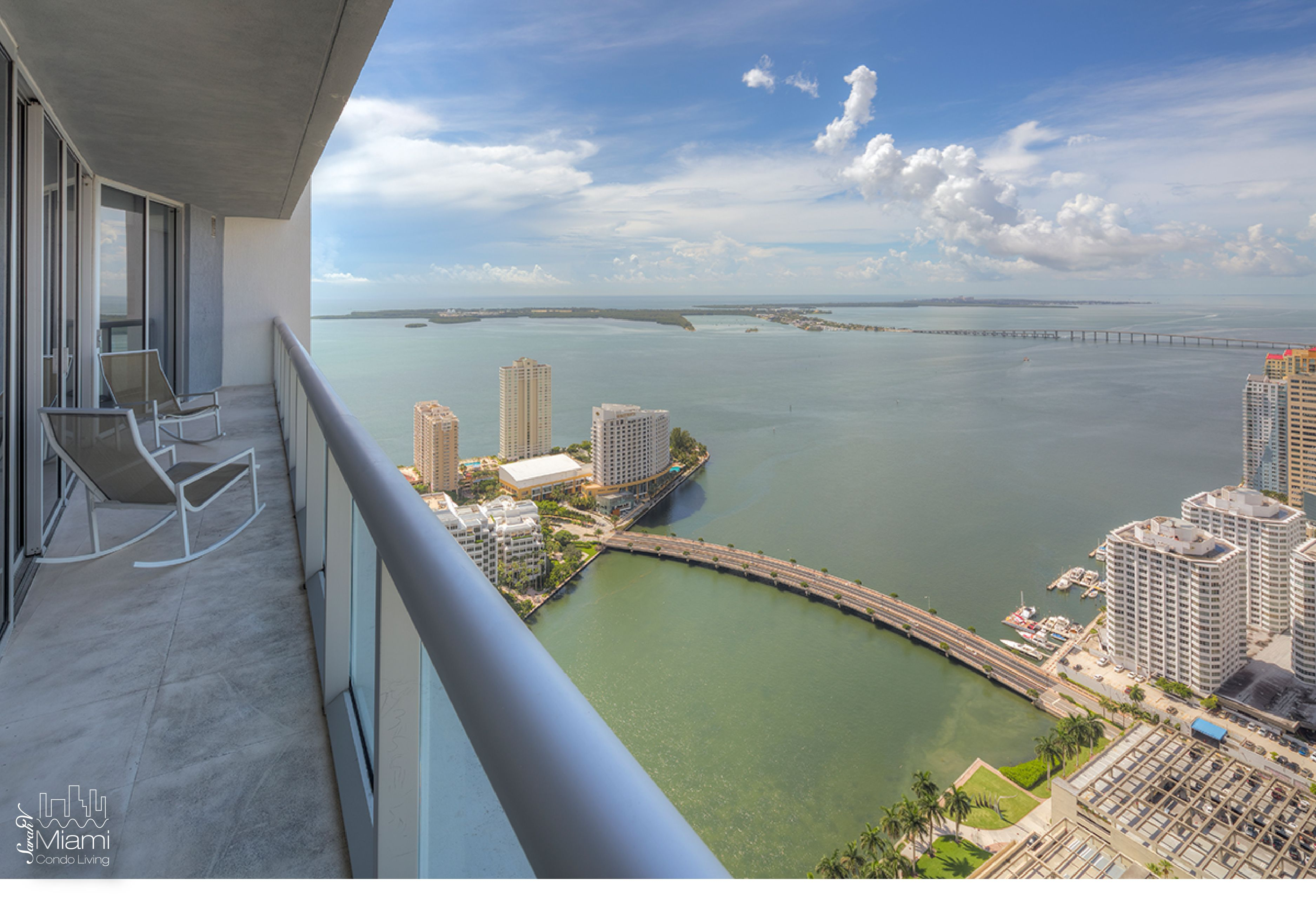 Beutiful view from a condo at iconbrickell Miami