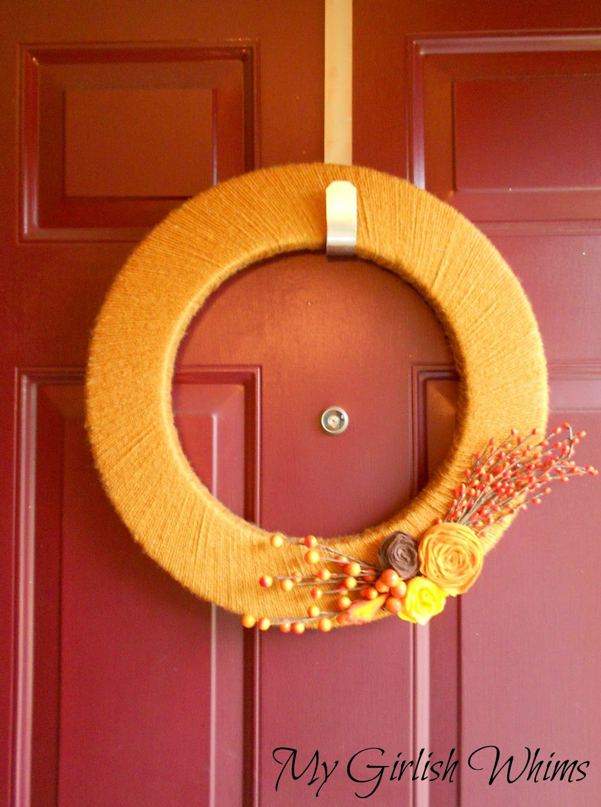 Simply Elegant - Yarn Wrapped Fall Wreath | Found on: My Girlish Whims