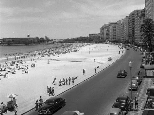 Copacabana, Avenida Atlântica, 1958.
