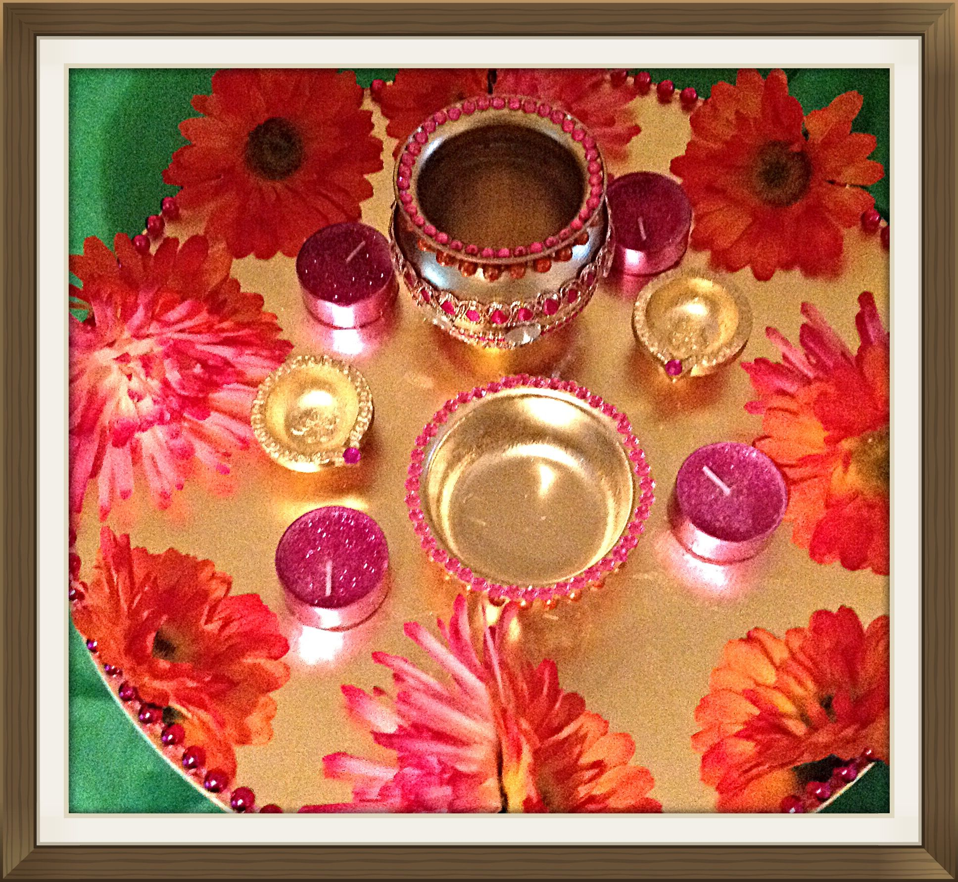 Hand crafted oil (tayle) Mehndi plate, made with decorated market, silk flowers and bling