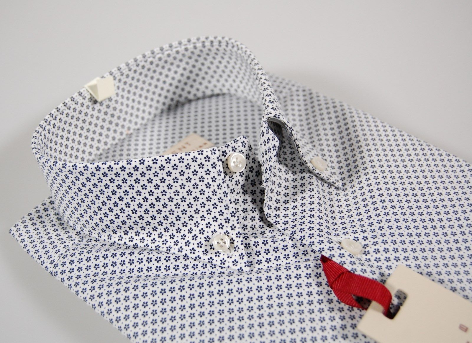 Button down collar shirt with blue flowers stretch cotton regular fit