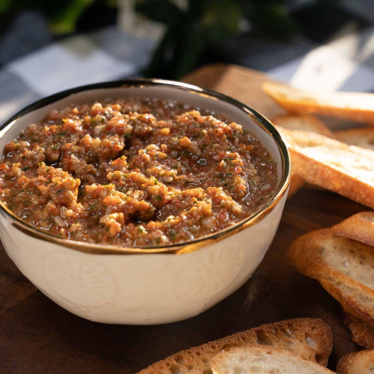 Sicilian Tomato Pesto Recipe In 2020 Food Network Recipes Tomato Pesto Pesto