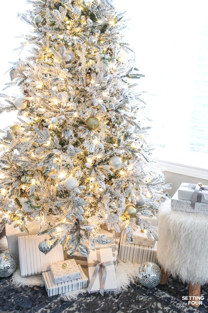 inspiring christmas tree decorating ideas see my flocked christmas tree white and gold glam style see 25 design bloggers tree in this amazing holiday - Flocked Christmas Tree Decorating Ideas
