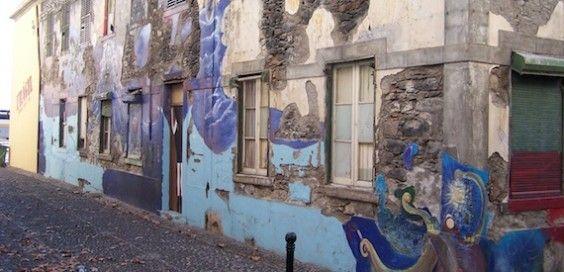 As portas da Rua de Santa Maria, Funchal, Madeira