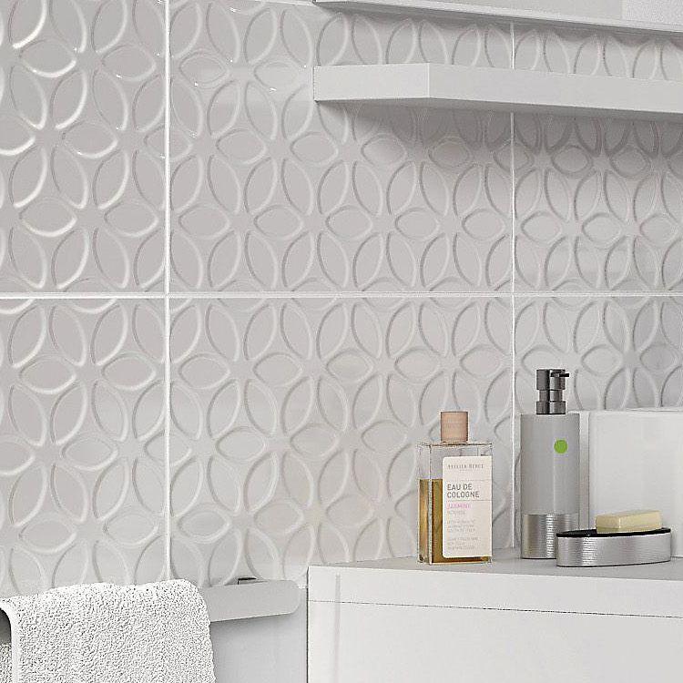Iris White Gloss Ceramic Wall Tile Pack Of 10 L 400mm W 250mm Diy At B Q Wall Tiles Ceramic Wall Tiles Tiles