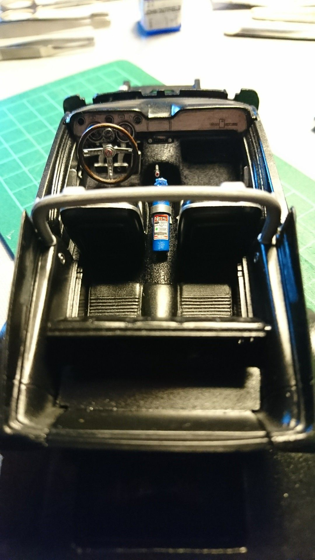 1 25 scale model amt 1967 ford mustang gt 350 shelby interior build up