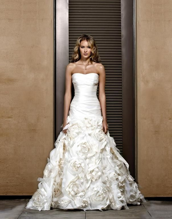 Jenny Lee 1101 This Dress For A Fraction Of The Salon Price On Preownedweddingdresses