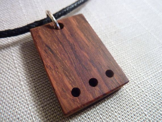 Geometric wooden pendant . Simple rectangular par Melcreationsbois