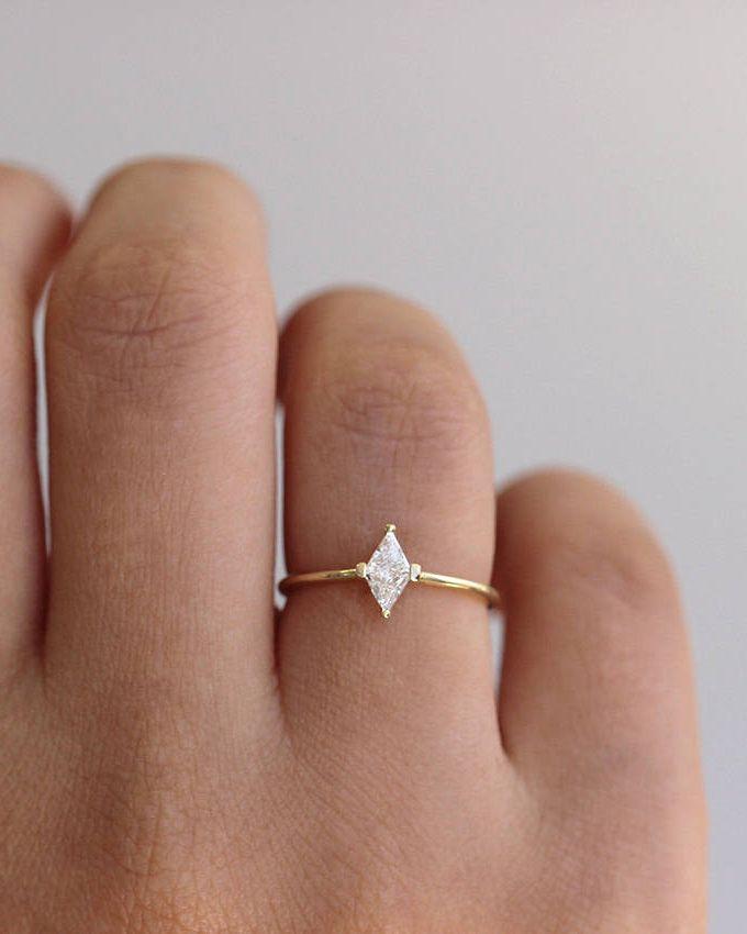 Geometrical Engagement Ring, Rhombus Cut Ring, Minimalist Engagement Ring, Triangle Cut Ring, Trillion Diamond Ring, Simple Diamond Ring