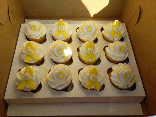 Pickin Up Daisy Relay for Life cupcakes