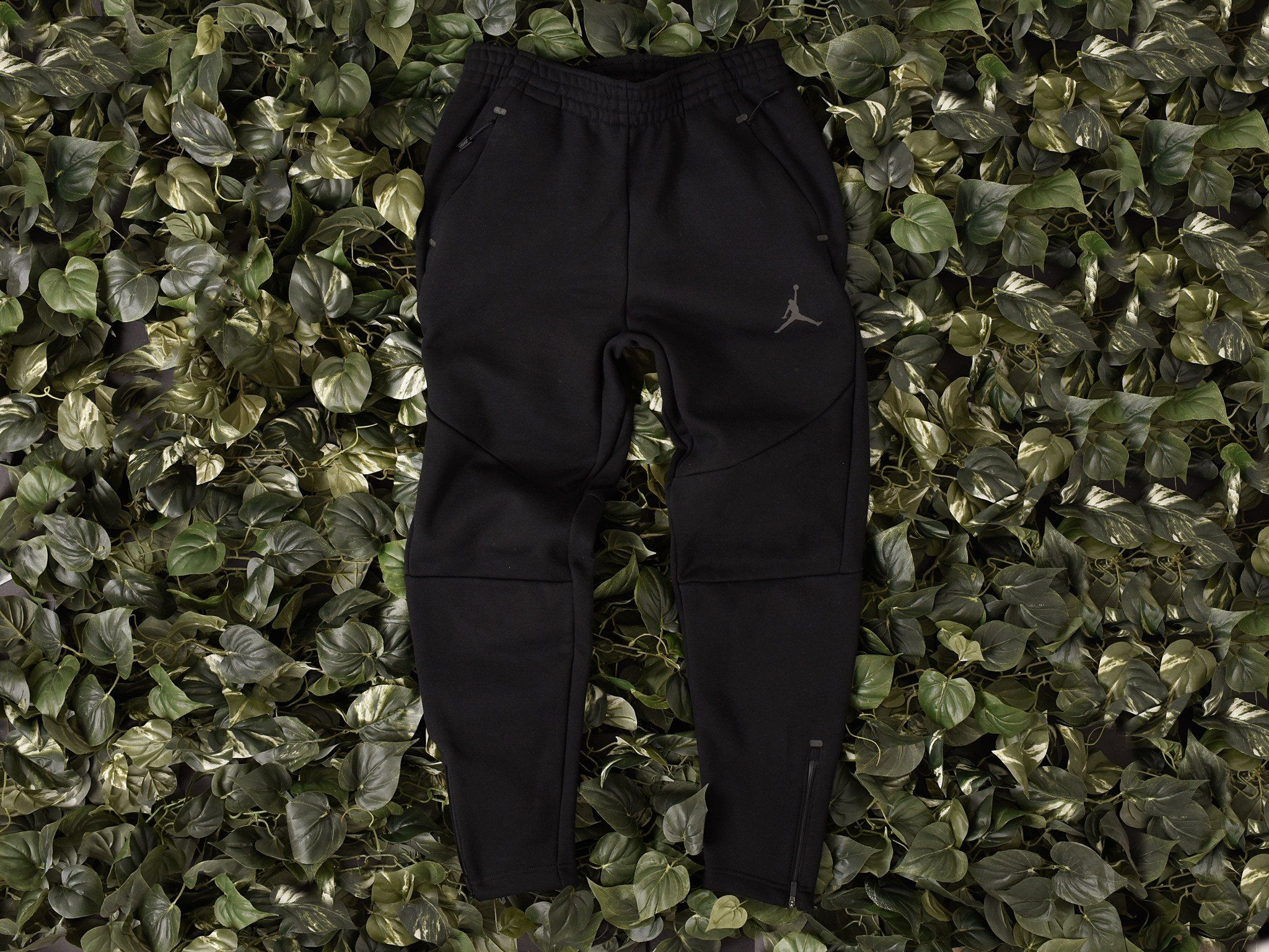 ac68a3e2dd2bd9 Men s Air Jordan 23 Lux Sweatpants  835844-010