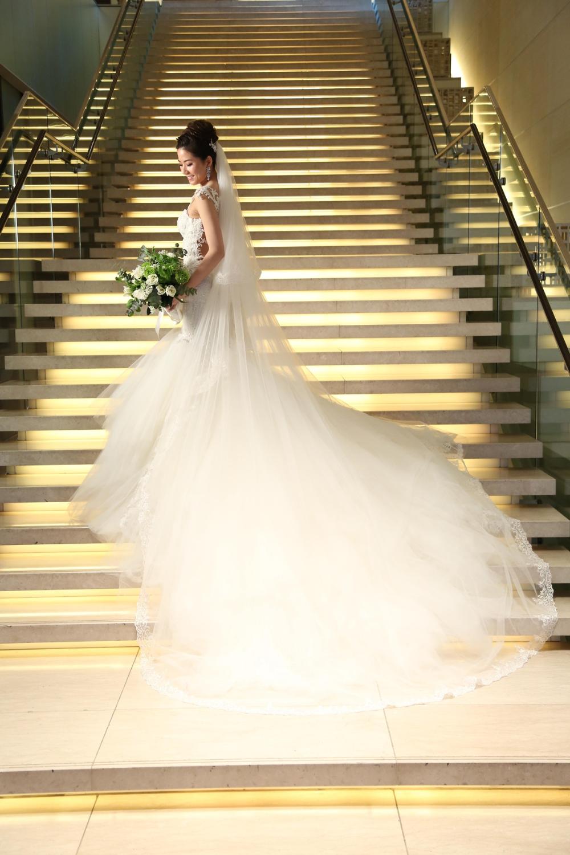 コンラッド東京で結婚式 結婚式場探しはウェディングニュース ウェディング ウェディングドレス 挙式